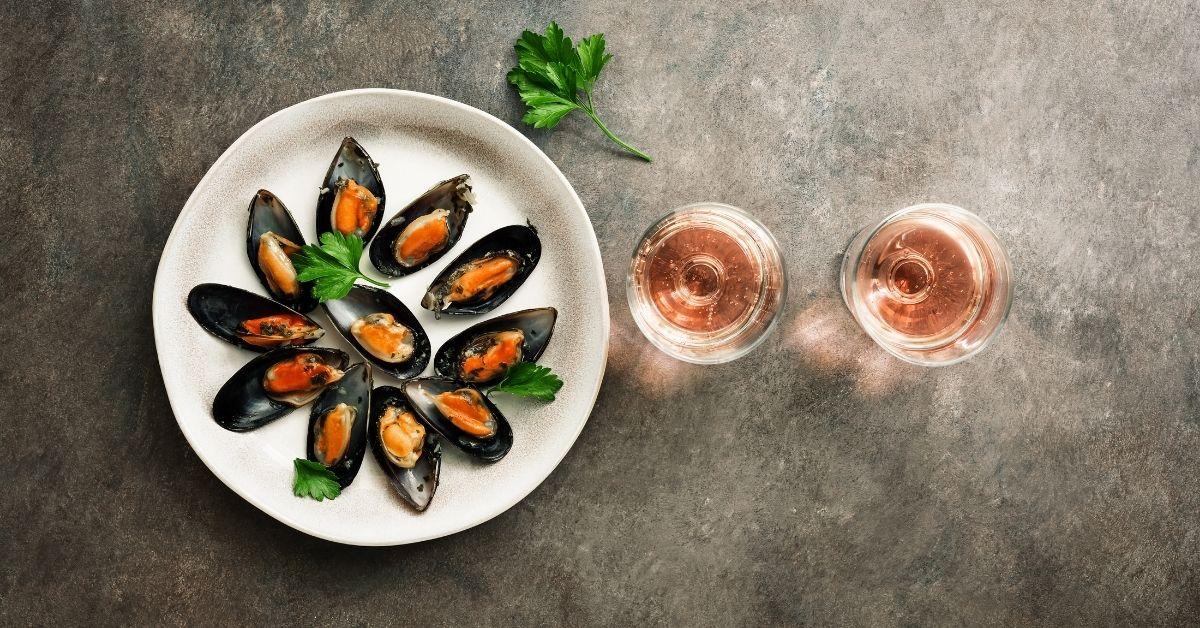 Šumivá vína a mořské plody