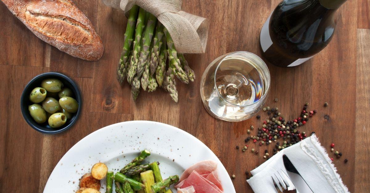 Chřestová sezóna a víno