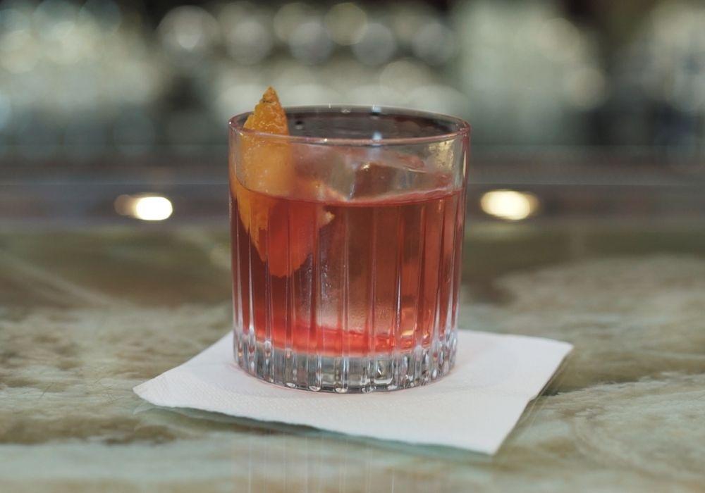 Hořký koktejl z rumu